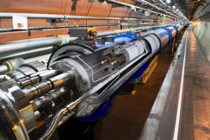 1312892-LHC_Cern_Genève[1]